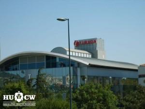 Turkon Holding A.Ş Altunizade ışıklı kutu harf çatı tabelası